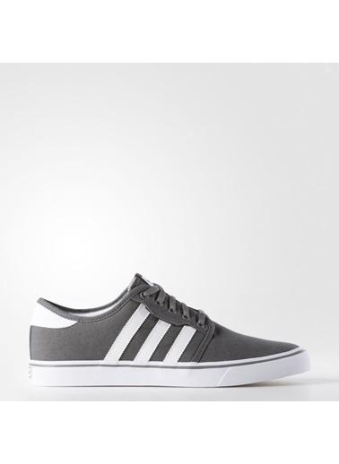 adidas Erkek Seeley Sneakers AQ8528 Gri